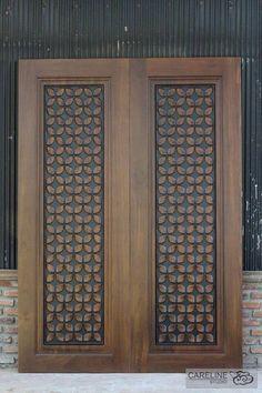 Custom Wood Doors, Rustic Doors, Wooden Doors, Wooden Main Door Design, Front Door Design, Solid Core Interior Doors, Interior Barn Doors, Interior Shop, Glass Panel Door