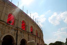 """L'arène """"Le signe du triomphe"""" http://www.puydufou.com"""