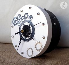 Industrial Style Clock to Make   Buddly Crafts