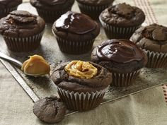 chocolate and cajeta cupcakes