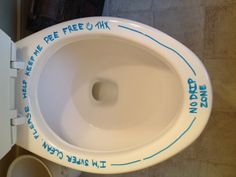 Keeping the toilet pee free--my all natural toilet bowl cleaner