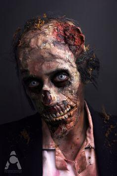 Brilliant zombie make up Makeup Fx, Zombie Makeup, Scary Makeup, Models Makeup, Beauty Makeup, Costume Halloween, 31 Days Of Halloween, Creepy Halloween, Halloween Face Makeup