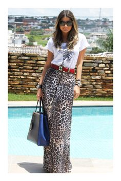 10 Leopard Print Outfits That Aren't Overpowering Printed Skirt Outfit, Leopard Skirt Outfit, Leopard Print Outfits, Maxi Skirt Outfits, Animal Print Outfits, Leopard Print Skirt, Animal Print Skirt, Leopard Fashion, Printed Maxi Skirts