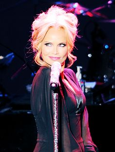 Broadway on TV Tonight: Kristin Chenoweth's Concert The Dames of Broadway…All of 'Em!!! Airs on PBS