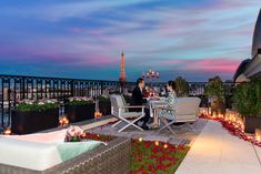 Most romantic place to propose in Paris The Peninsula Paris Romantic Proposal, Proposal Photos, Proposal Ideas, Romantic Weddings, Peninsula Paris, Peninsula Hotel, Wedding Proposals, Marriage Proposals, Best Places To Propose