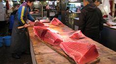 築地市場の場内攻略法!コツさえ判ればこんなにお得!食と魚のテーマパーク。