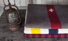 Swiss Army, Hudson's Bay & Woolrich blankets: the obsessive.co.uk