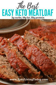 Easy Keto Meatloaf Bursting with Flavor! This super easy keto meatloaf recipe is not only low carb, but also delicious! The pork rinds really up the flavor. via Keto Meatloaf Bursting with Flavor! This super easy keto meatloaf recipe is no Starting Keto Diet, Keto Meal Plan, Meal Prep, Low Carb Diet, Low Carb Meats, Low Carbohydrate Diet, Dukan Diet, Keto Fat, Ketogenic Recipes