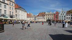 Market square# old Tallinn.  ESTONIA.