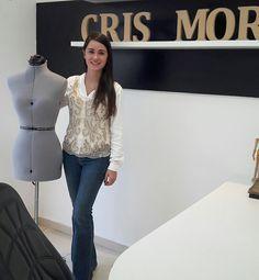 Ateliê Cris Moreno  Pronto para atender vcs .t-shirts bordada a nova sensação do momento.
