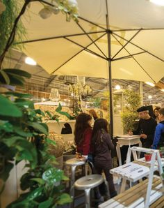 Like in a cafe of Montmartre with the illustrator Giovanni Rolandi. #agricolabloomingparty