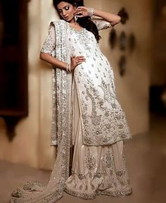 D3863 Off White Livia Latest Party Dresses India Wisconsin, Online Indian Pakistani Fashion Boutiques Denver Arizona USA