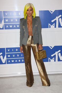 Cassie attends the 2016 MTV Video Music Awards