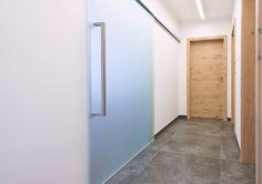 REFERENZEN W.T.G. INNENTÜREN Modern, Mirror, Iris, Furniture, Home Decor, Wooden Gates, Puertas, Windows, Hall Way Decor