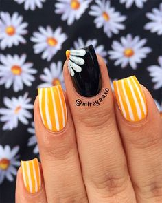 If you are searching for cute nail colors for spring and beautiful spring nail designs then check our Stylish nails especially Floral nails and butterfly nails. Spring Nail Colors, Pretty Nail Colors, Spring Nail Art, Pretty Nails, Fun Nails, Cute Spring Nails, Speing Nails, Acrylic Nails, Summer Nails