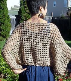 Crochet Poncho Sweater Pattern: The Not-A-Poncho Top Pattern Poncho Au Crochet, Pull Crochet, Crochet Wrap Pattern, Shrug Pattern, Crochet Poncho Patterns, Top Pattern, Easy Crochet, Knit Crochet, Crochet Wraps