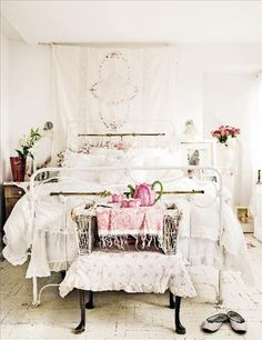 Neutral white and pink bedroom