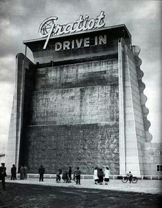 Listed as being located in Fraser, to the north of Detroit, MI. The Gratiot Drive-In was designed by Ted Rogvoy and opened April 1948 with Leo. Detroit History, Detroit Art, Local History, Detroit Ruins, Metro Detroit, State Of Michigan, Detroit Michigan, Flint Michigan, Roseville Michigan
