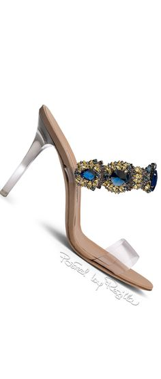 Regilla ⚜ Rihanna and Manolo Blahnik