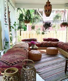 Below are the Bohemian Living Room Design Ideas. This post about Bohemian Living Room Design Ideas was posted under the … Bohemian Style Home, Bohemian Porch, Bohemian Living Rooms, Bohemian Interior, Living Room Decor, Boho Chic, Living Spaces, Bohemian Room, Shabby Chic