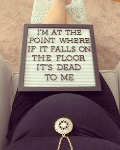 36 week letter board happy grandparents day printables, activities for grandparents day, grandparents photo ideas Maternity Poses, Maternity Pictures, Maternity Photography, Baby Pictures, Baby Photos, Weekly Pregnancy Pictures, Baby Letters, Funny Letters, Pregnancy Quotes