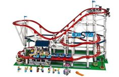 28 Large and Challenging LEGO Sets for Adults and Teens 2020 Lego Creator, Lego Shop, Diy Karton, Big Lego, Lego Builder, Lego System, Shops, Brick Loft, Inventions