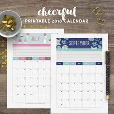 Keep up with events, important dates, birthdays, exams or even your fitness routine with this cute printable 2018 calendar. Every month was inspired by a special holiday.