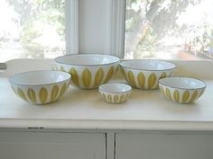 "Catherineholm Lotus Bowls Set Enamelware Mustard Yellow Green Vintage 4"" Berry"