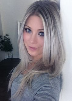 ash blonde ombre hair -