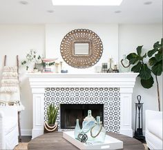 Accented Tile Fireplace. Black & White Accented Tile.