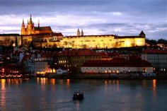 Next leg of our Europe trip was Prague! It was the city I looked forward to the most and it met all my expectations and beyond! It is such a gorgeous city that you can just wander in aimlessly. Prague Castle, Czech Republic, Wander, Fairy Tales, Louvre, Europe, Mansions, House Styles, City