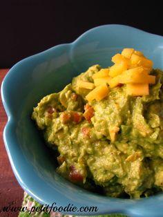 mango guacamole petitfoodie #cincodemayo