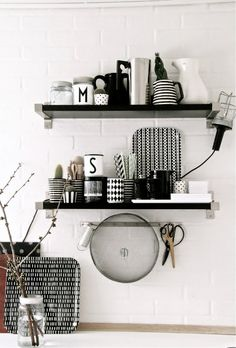 black and white kitchen details, mix of patterns. from Hallingstad blog