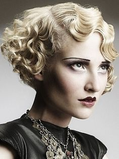 medium blonde wavy coloured Womens hairstyles for women Curly Hair Styles, Curly Hair With Bangs, Hair Styles 2014, Short Curly Hair, Short Hair Cuts, 1920s Hair Short, 1940s Hair, Blonde Wavy Hair, Medium Blonde