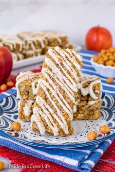Caramel Apple Granola Bars - these homemade oat bars are made with apple pieces and caramel bits . Make these chewy granola bars to enjoy for breakfast or as an after school snack.