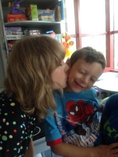 This is why I love Taylor Swift!  Taylor Swift Performs For A Young Boy With Cancer, Makes His And Everyone Else's Day
