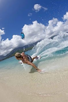 Just the feel of freedom!  Kiteboarding AUS