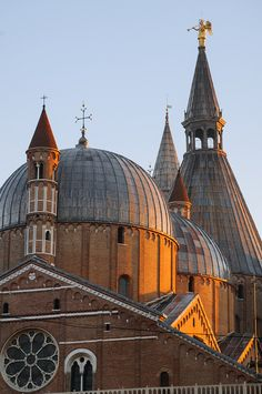 Basilica of Saint Anthony, Padua, Veneto Italy Cathedral Basilica, Cathedral Church, Beautiful Places In The World, Places Around The World, Rome, Padua Italy, Cities, Christian Church, Visit Italy