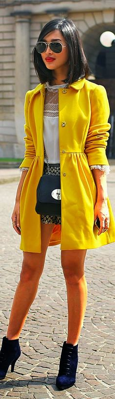 The gorgeous peter pan collar coat in a pop of bright yellow! Bring back the 70's