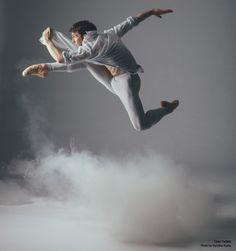 National Ballet of Canada:  Dylan Tedaldi. Photo by Karolina Kuras.