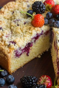 Must-try Berry Crumb Cake Recipe with a buttery crunchy topping, juicy layer of . Easy Cake Recipes, Sweet Recipes, Dessert Recipes, Easy Crumb Cake Recipe, Blueberry Cake, Savoury Cake, Sweet Bread, Coffee Cake, Let Them Eat Cake