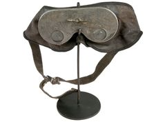 Vintage Odd Fellows Hoodwink On Iron Stand - Relique
