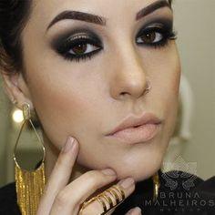 Bruna Malheiros Makeup » Blog Archive » Maquiagem: Preto e Dourado