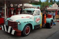"""So similar to my first truck. It had been a gas station truck. Had big reflective Tenneco signs on the doors phone # on the fenders and """"Signpost of The Sixties"""" on the hood. Old Pickup Trucks, Tow Truck, Chevy Trucks, Tennessee, Truck Lettering, Old Gas Stations, Cool Vans, Chevy Pickups, Emergency Vehicles"""