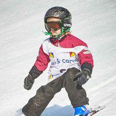#Skifahren oder #Snowboarden lernen in der Snowacademy #Saalbach - Skischule - Snowboardschule - Verleih. Motorcycle Jacket, Bomber Jacket, Skateboard, Skiing, Jackets, Renting, Ski, School, Studying