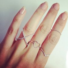 Delicate rings from Beuniki