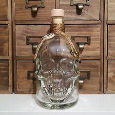 Recipe Icon, Pirate Fashion, Pirate Skull, Skull Head, Decanter, Glass Bottles, Whisky, Clear Glass, Vodka