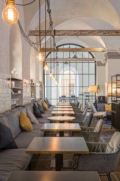 Restaurant/BarSEE ALSO: ALTER SCHLACHTHOF BRIXEN/Bed and Breakfast Il vecchio Macello di Bressanone è un edificio di importanza culturale. Nella sua precedente funzione, fino all'anno 1957, fu parte essenziale dell'industria...