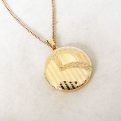 Gold Filled 2 Picture Vintage Etched Locket & Chain