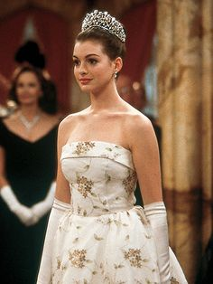 """* Anne Hathaway as Her Royal Highness Princess Amelia Mignonette Thermopolis Renaldi of Genovia in """"The Princess Diaries"""" (2001)"""